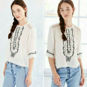Urban Outfitters Boho Top Embroidered Lace XS